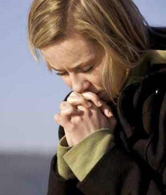 http://3.bp.blogspot.com/_7zrt-bWdLfs/TPW7np6WoPI/AAAAAAAAEFo/qEpeVJqKiIY/s1600/womanPraying.jpg