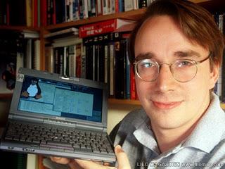 http://2.bp.blogspot.com/-loaUfYt9Tng/T932n-nwGgI/AAAAAAAAAGI/anRoJ3OMbTo/s1600/Linus-Torvalds.jpg